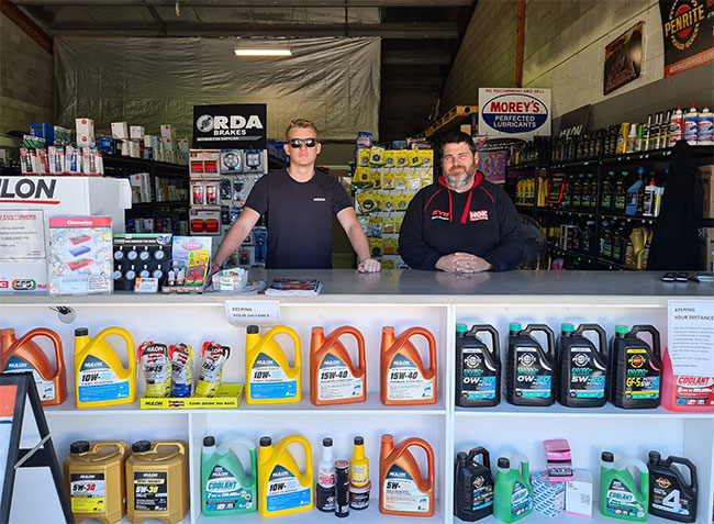 Coffs-Harbour-Store-and-Staff